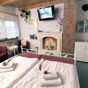 Bild 0 Doppelzimmer 1 - 6
