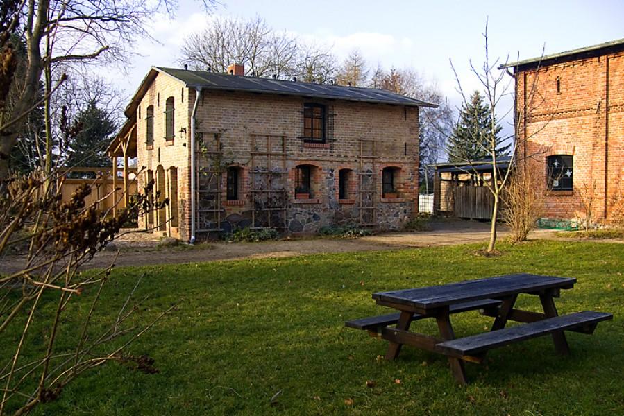 Bild 1 Behringhof