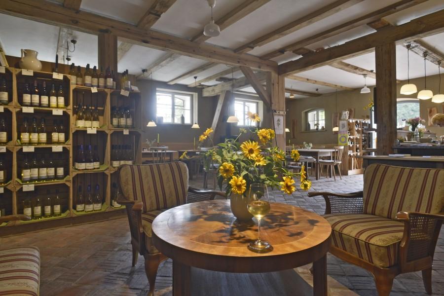 Bild 2 Gutshof Kraatz, Weinschänke